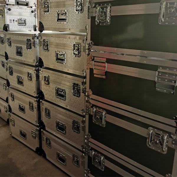 长沙市定制铝合金舞台服装道具灯光箱定做正天铝箱联系电话