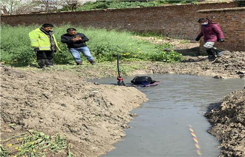 迪庆市水下模袋混泥土施工——水下施工队