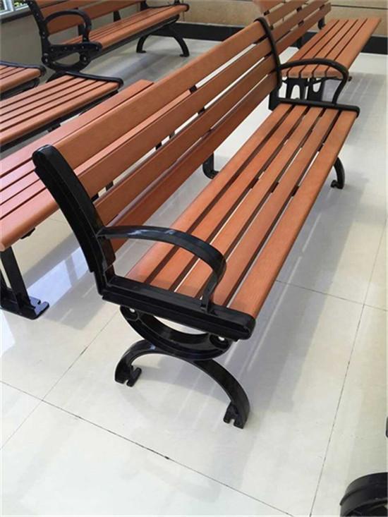 今日价格:金普新区室外座椅-防腐木长椅