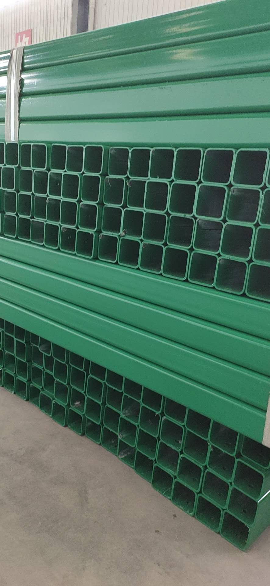 泰安市泰山区波形护栏板生产厂家