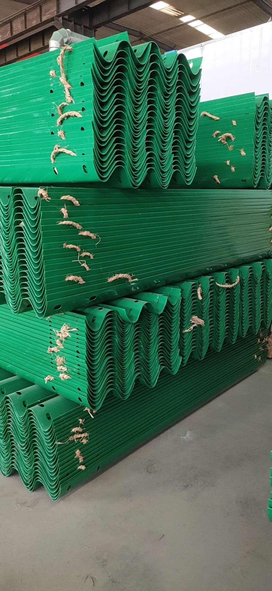 河源连平波形护栏板材料施工